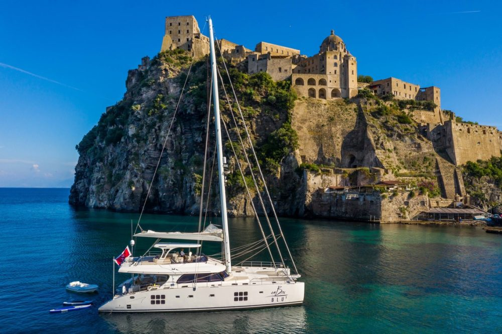 ombre-blu³ Italy yacht charter
