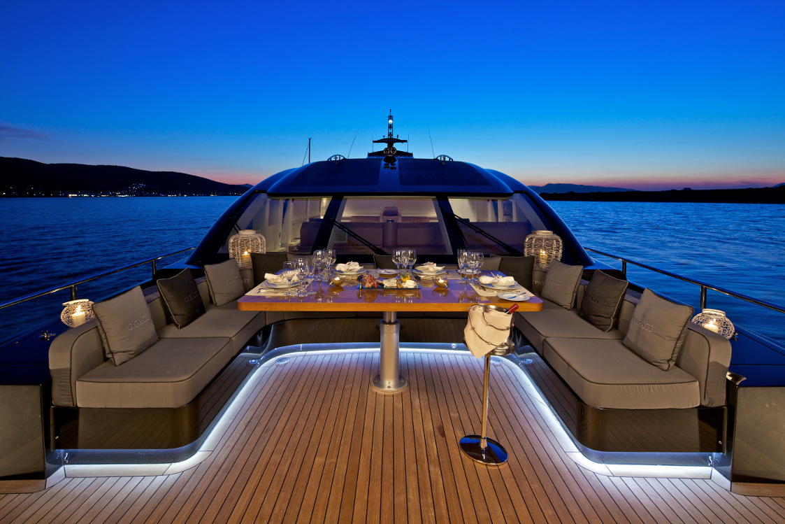 Bedroom Design High Tech