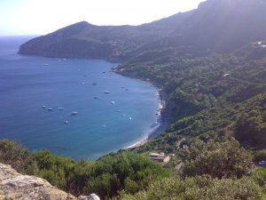 Tyrrhenian Sea yacht charter - Monte Argentario. Costa dello sbarcatello