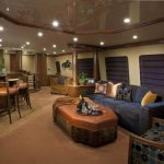 "Yacht charter Bahamas ""At Last"" sky Lounge"