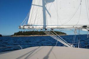 "New England yacht charter ""Fiona Rois"""