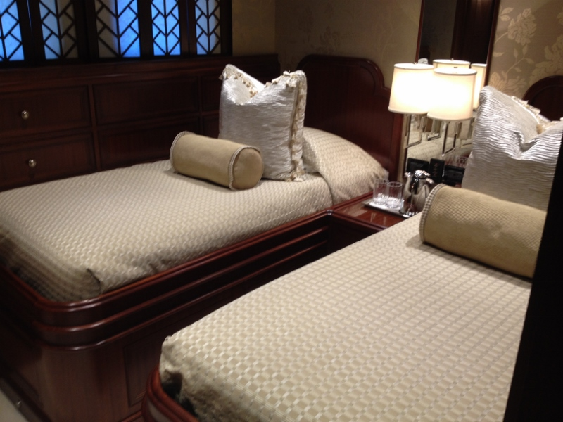 Luxury Motor Yacht SAFIRA - Twin Stateroom