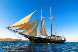 Greece Yacht Charter ARKTOS