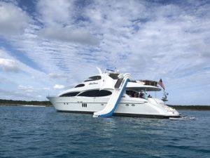 Bahamas motor yacht charter BELLA CONTESSA